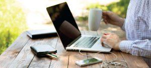 kak zarabotat v internete 300x136 - Сколько стоит заработок в Интернете?