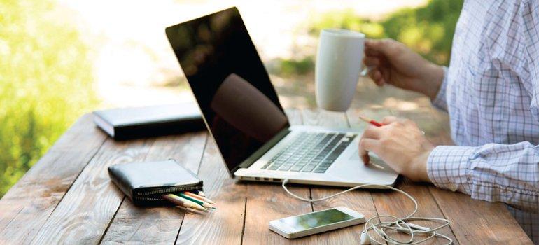 Сколько стоит заработок в Интернете?