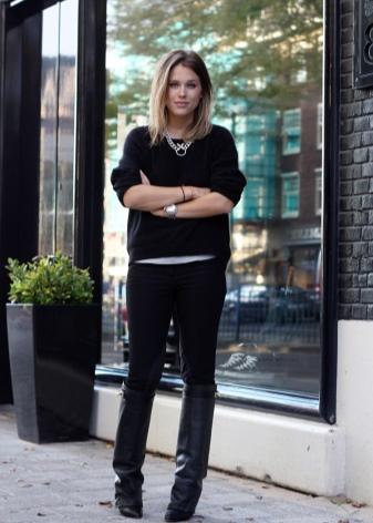 choboti givenchy 67 foto zh noch model z lancyuzhkom ta napuskom 16 - Чоботи Givenchy (67 фото): жіночі моделі з ланцюжком та напуском