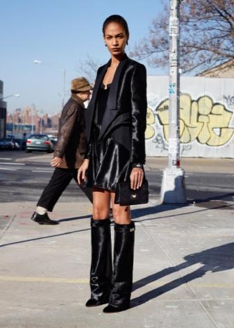 choboti givenchy 67 foto zh noch model z lancyuzhkom ta napuskom 62 - Чоботи Givenchy (67 фото): жіночі моделі з ланцюжком та напуском