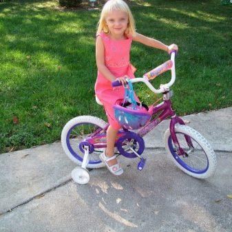 dityachiy velosiped v d 6 rok v yak vibrati yogo dlya hlopchika d vchinki reyting skladnih ta nshih velosiped v dlya 6 r chno ditini 8 - Дитячий велосипед від 6 років: як вибрати його для хлопчика і дівчинки? Рейтинг складних та інших велосипедів для 6-річної дитини
