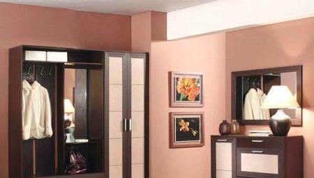 Комод з дзеркалом в передпокій (40 фото): вузькі моделі з полицями для коридору, кутовий комод для передпокою в стилі класика